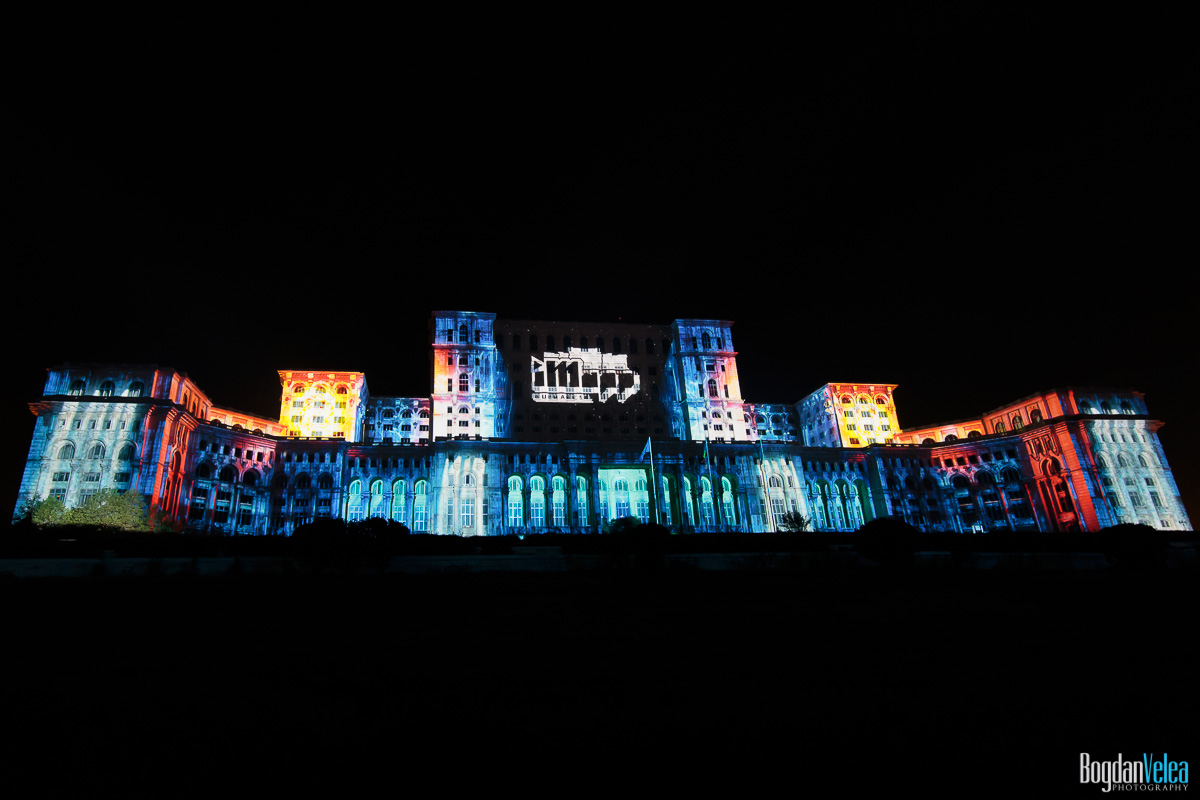 iMapp-Bucharest-2015-video-mapping-Casa-Poporului-001