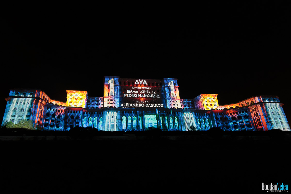 iMapp-Bucharest-2015-video-mapping-Casa-Poporului-003