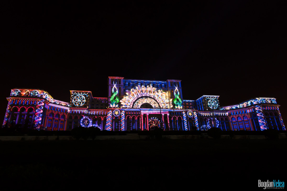 iMapp-Bucharest-2015-video-mapping-Casa-Poporului-007