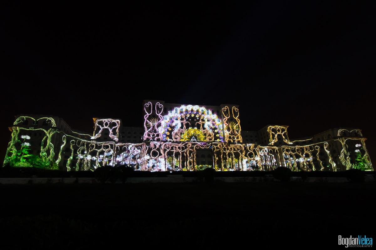iMapp-Bucharest-2015-video-mapping-Casa-Poporului-010