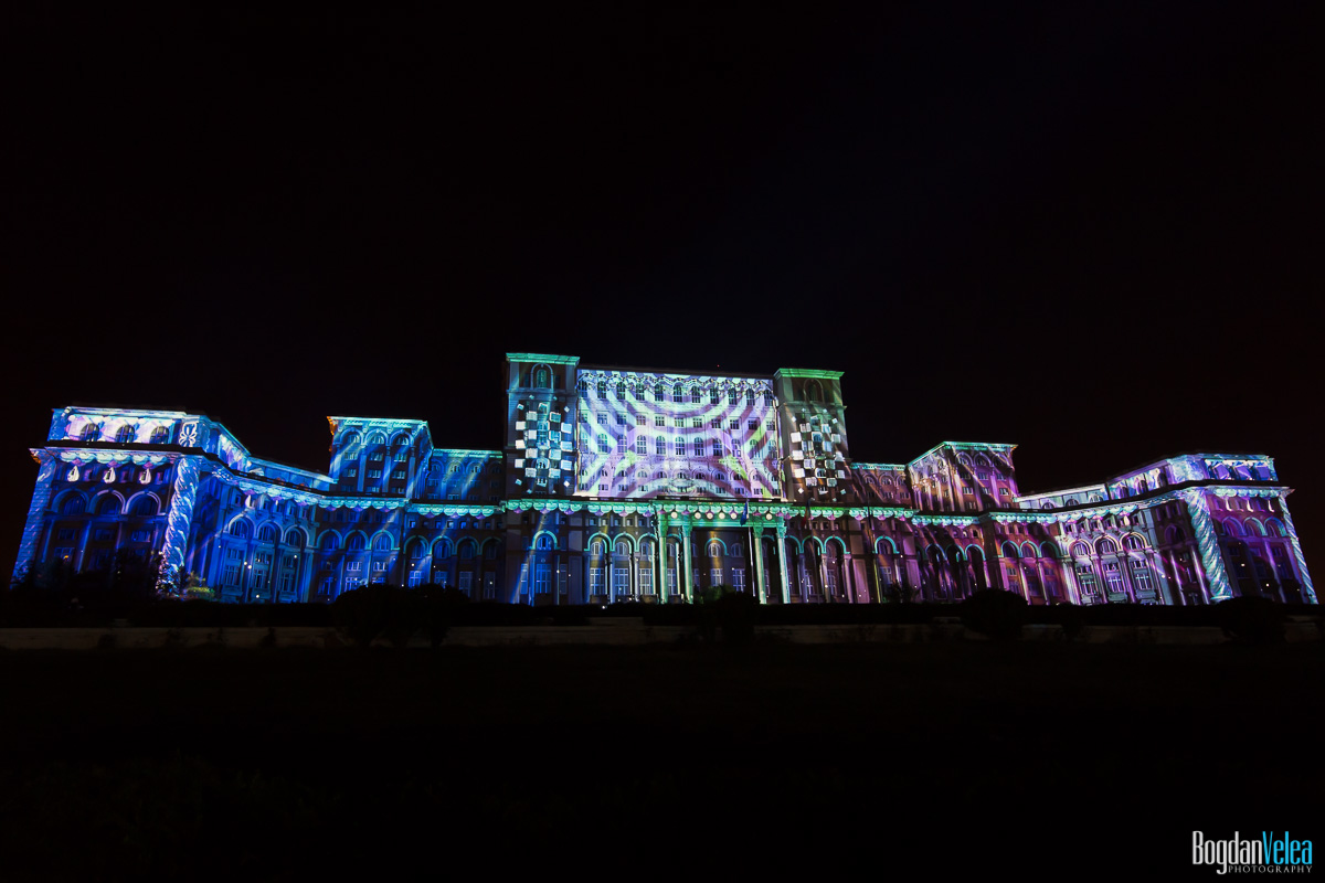 iMapp-Bucharest-2015-video-mapping-Casa-Poporului-011