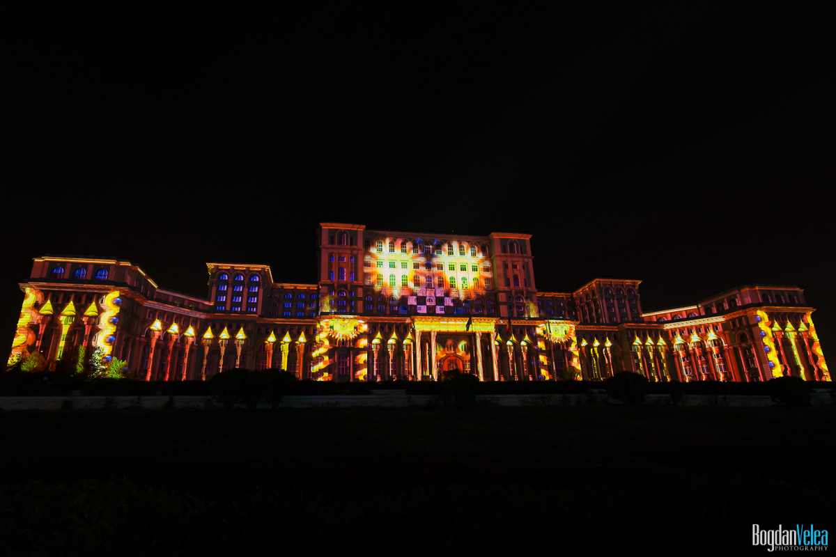 iMapp-Bucharest-2015-video-mapping-Casa-Poporului-013