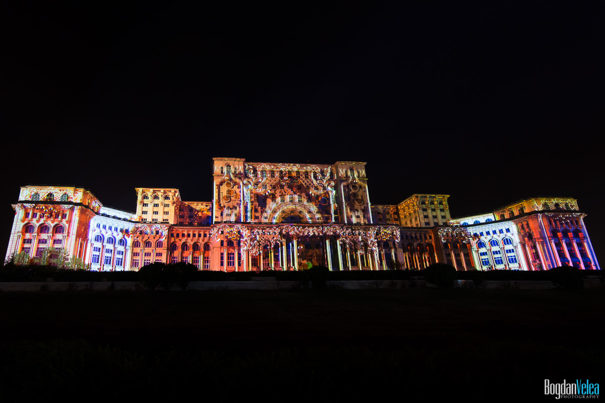 iMapp-Bucharest-2015-video-mapping-Casa-Poporului-020