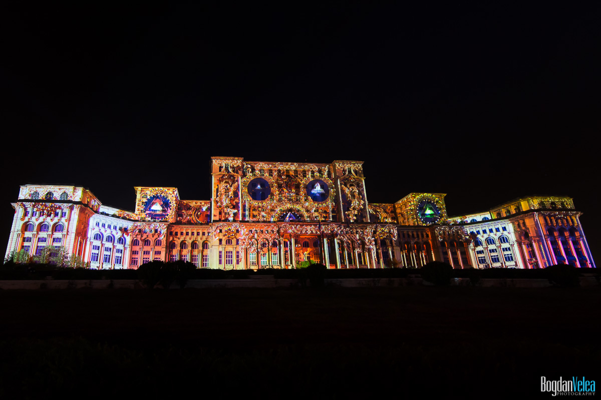 iMapp-Bucharest-2015-video-mapping-Casa-Poporului-021