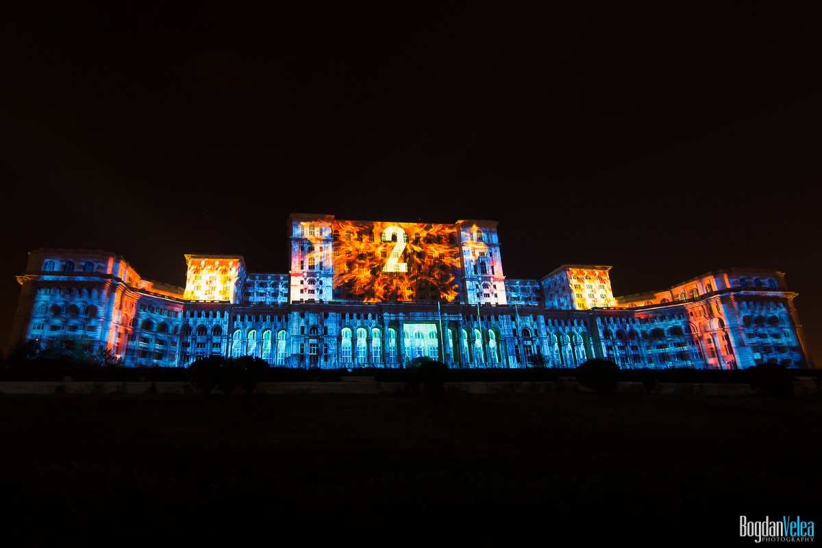iMapp-Bucharest-2015-video-mapping-Casa-Poporului-024