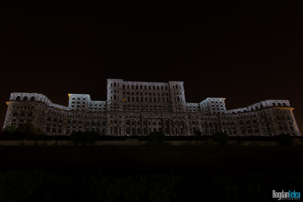 iMapp-Bucharest-2015-video-mapping-Casa-Poporului-026