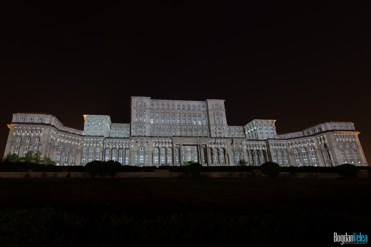 iMapp-Bucharest-2015-video-mapping-Casa-Poporului-034