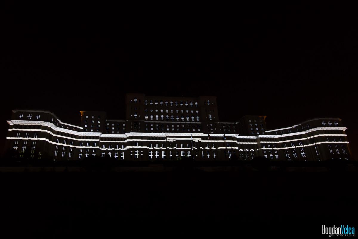 iMapp-Bucharest-2015-video-mapping-Casa-Poporului-038