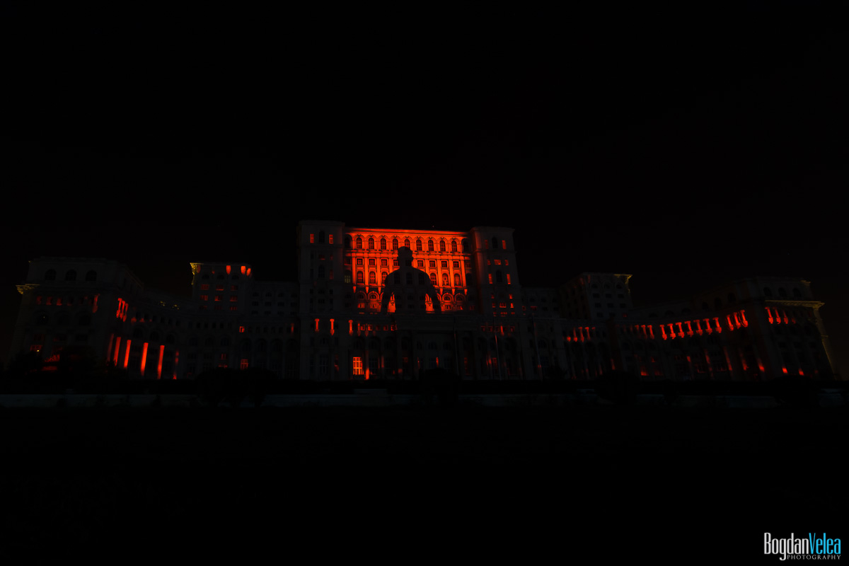 iMapp-Bucharest-2015-video-mapping-Casa-Poporului-051