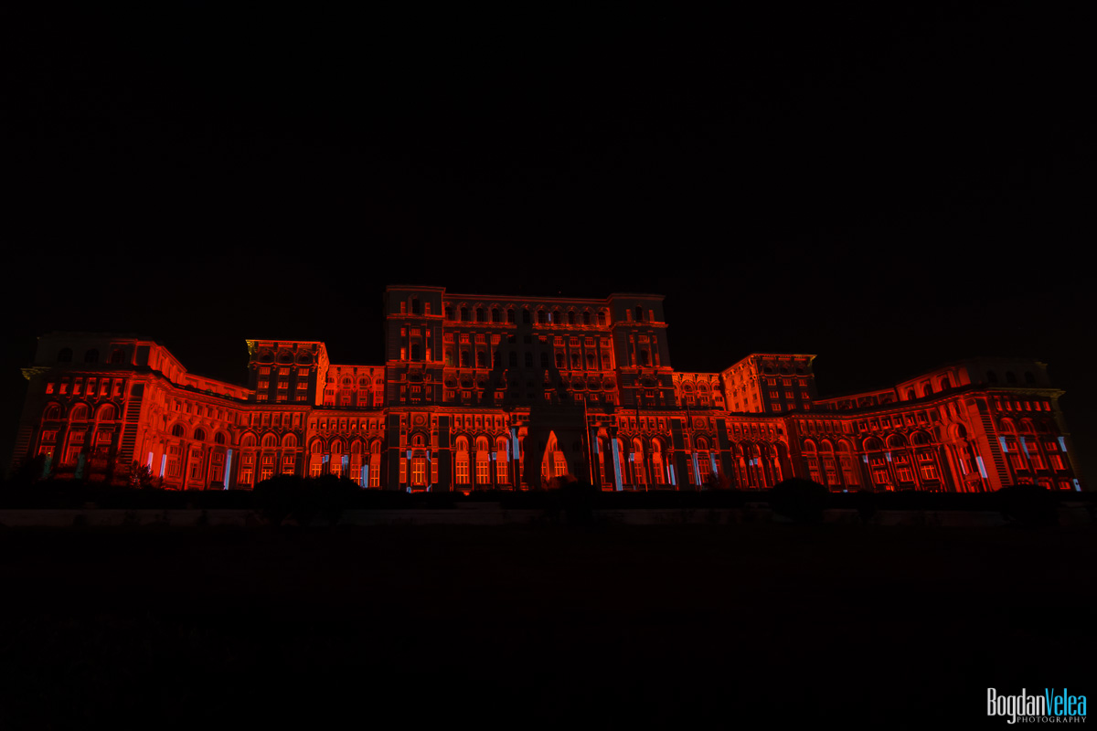 iMapp-Bucharest-2015-video-mapping-Casa-Poporului-053