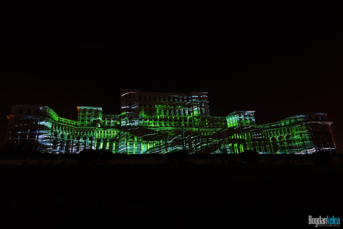 iMapp-Bucharest-2015-video-mapping-Casa-Poporului-055