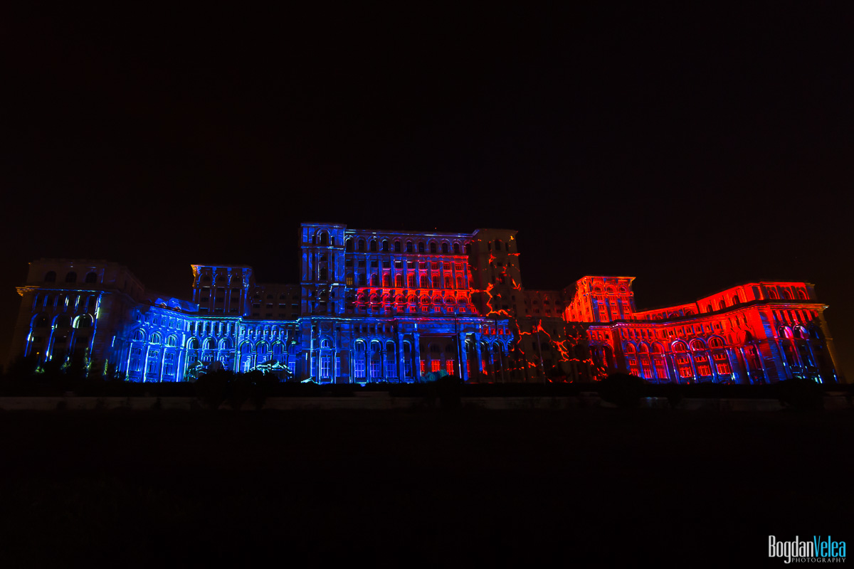 iMapp-Bucharest-2015-video-mapping-Casa-Poporului-059