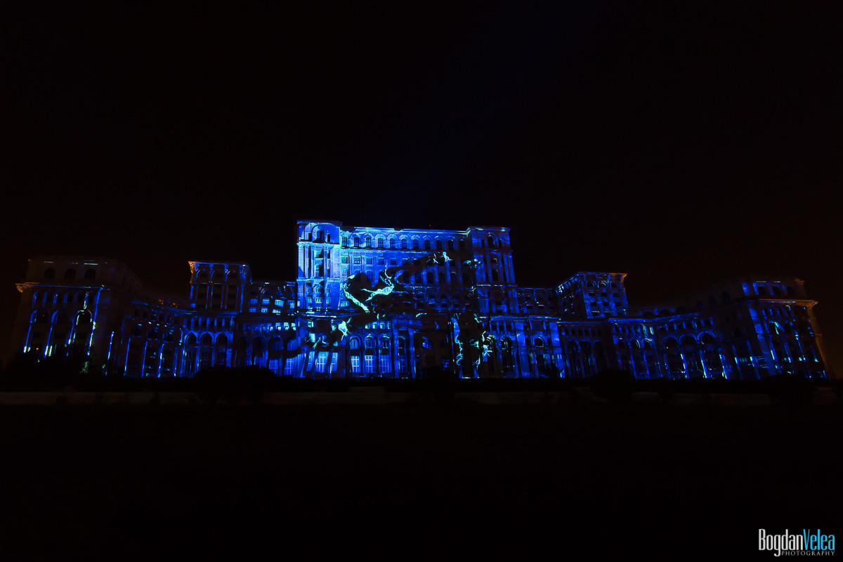 iMapp-Bucharest-2015-video-mapping-Casa-Poporului-060