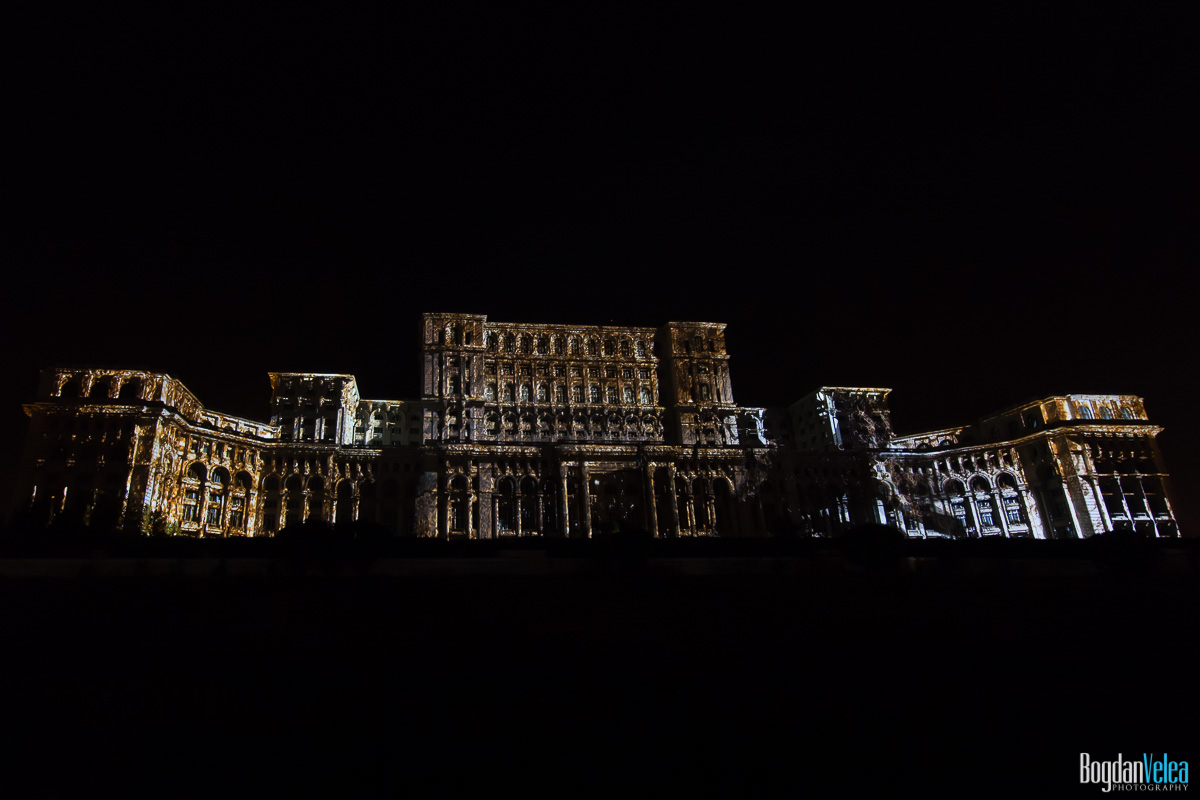 iMapp-Bucharest-2015-video-mapping-Casa-Poporului-063