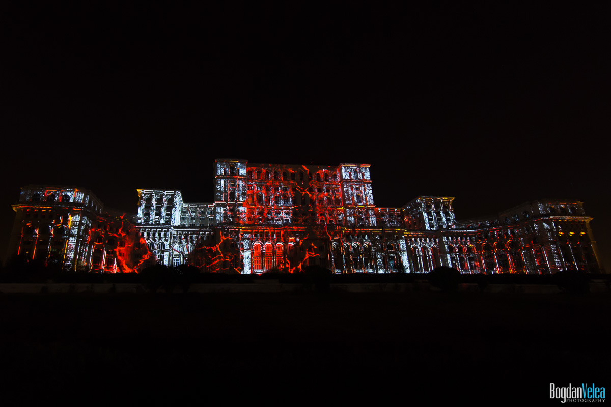iMapp-Bucharest-2015-video-mapping-Casa-Poporului-064