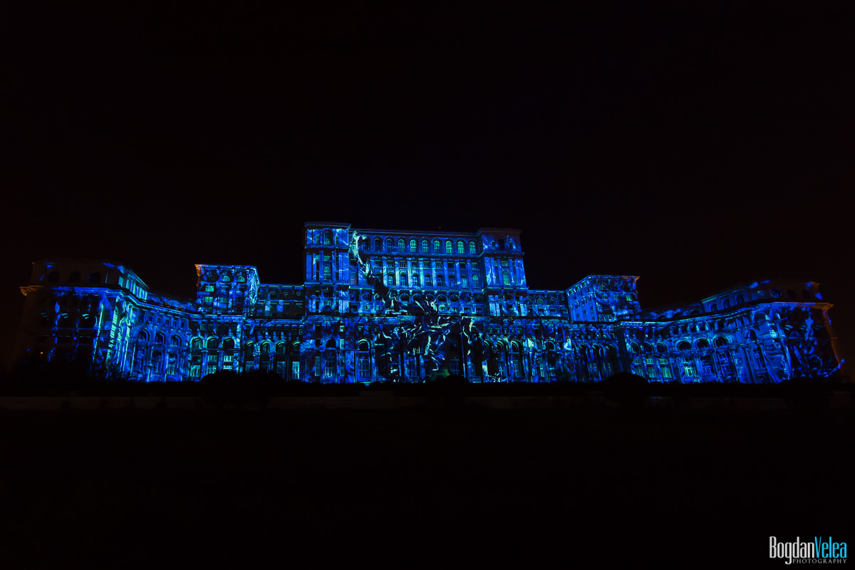 iMapp-Bucharest-2015-video-mapping-Casa-Poporului-070