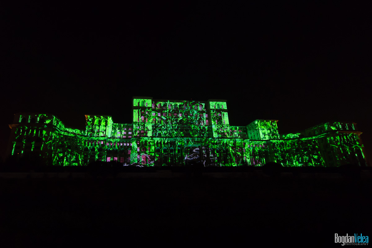 iMapp-Bucharest-2015-video-mapping-Casa-Poporului-071