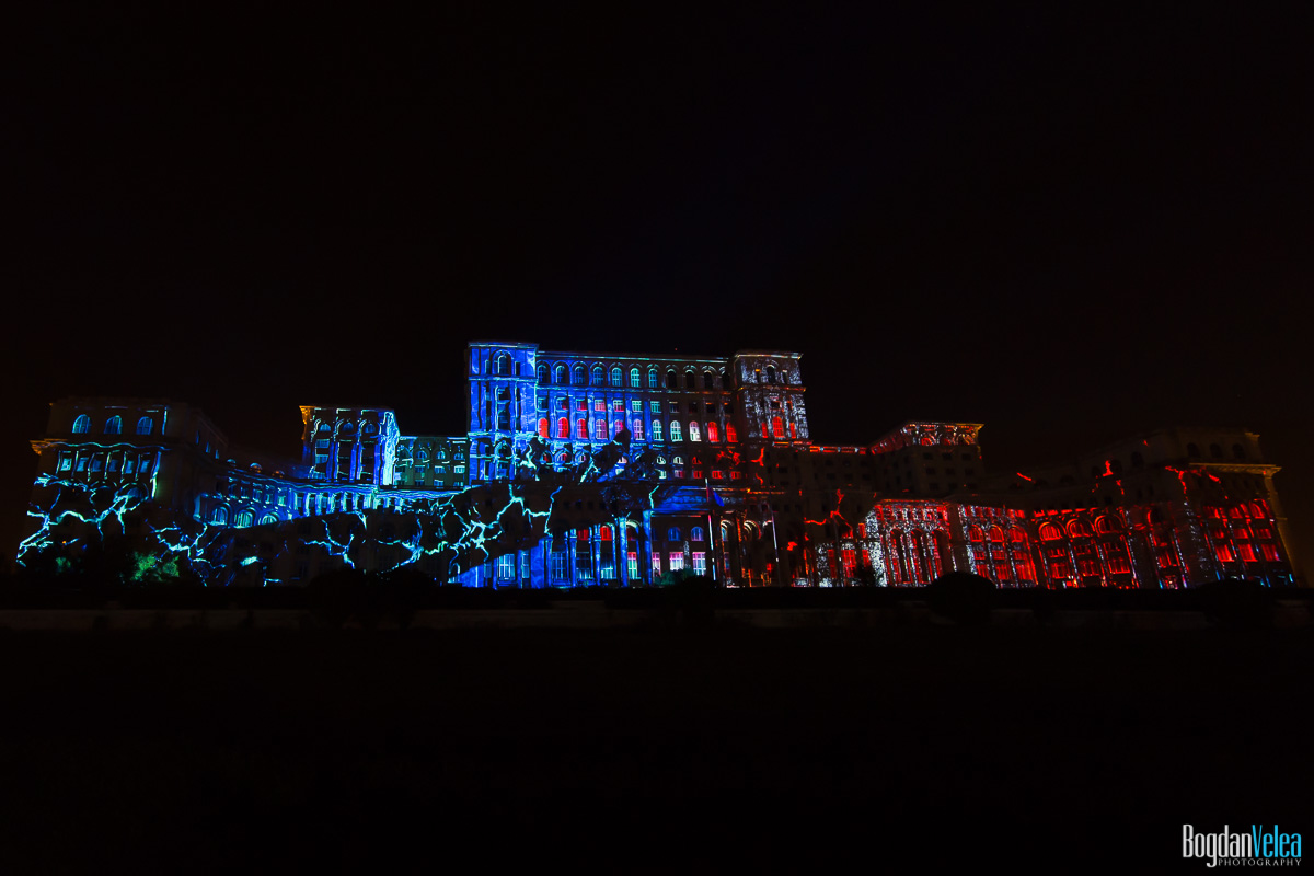iMapp-Bucharest-2015-video-mapping-Casa-Poporului-072
