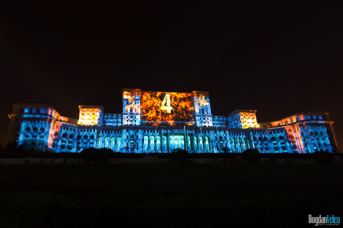iMapp-Bucharest-2015-video-mapping-Casa-Poporului-074