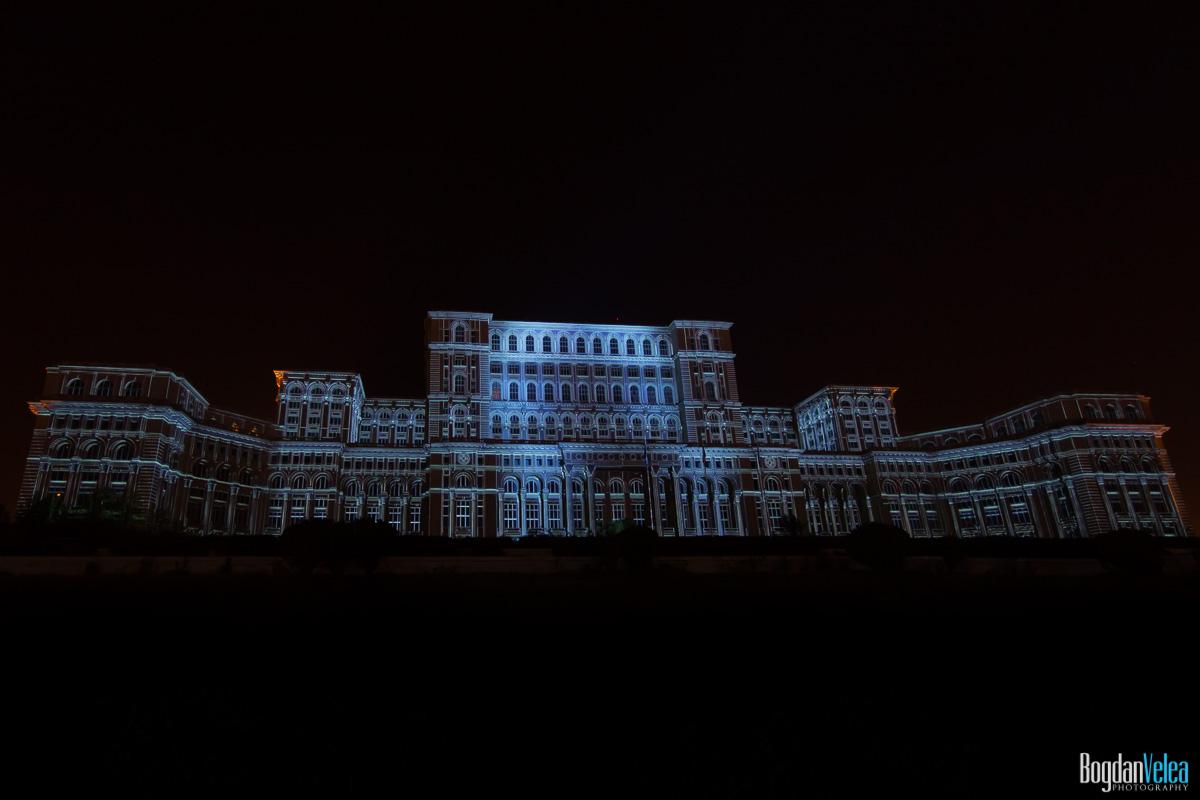 iMapp-Bucharest-2015-video-mapping-Casa-Poporului-076