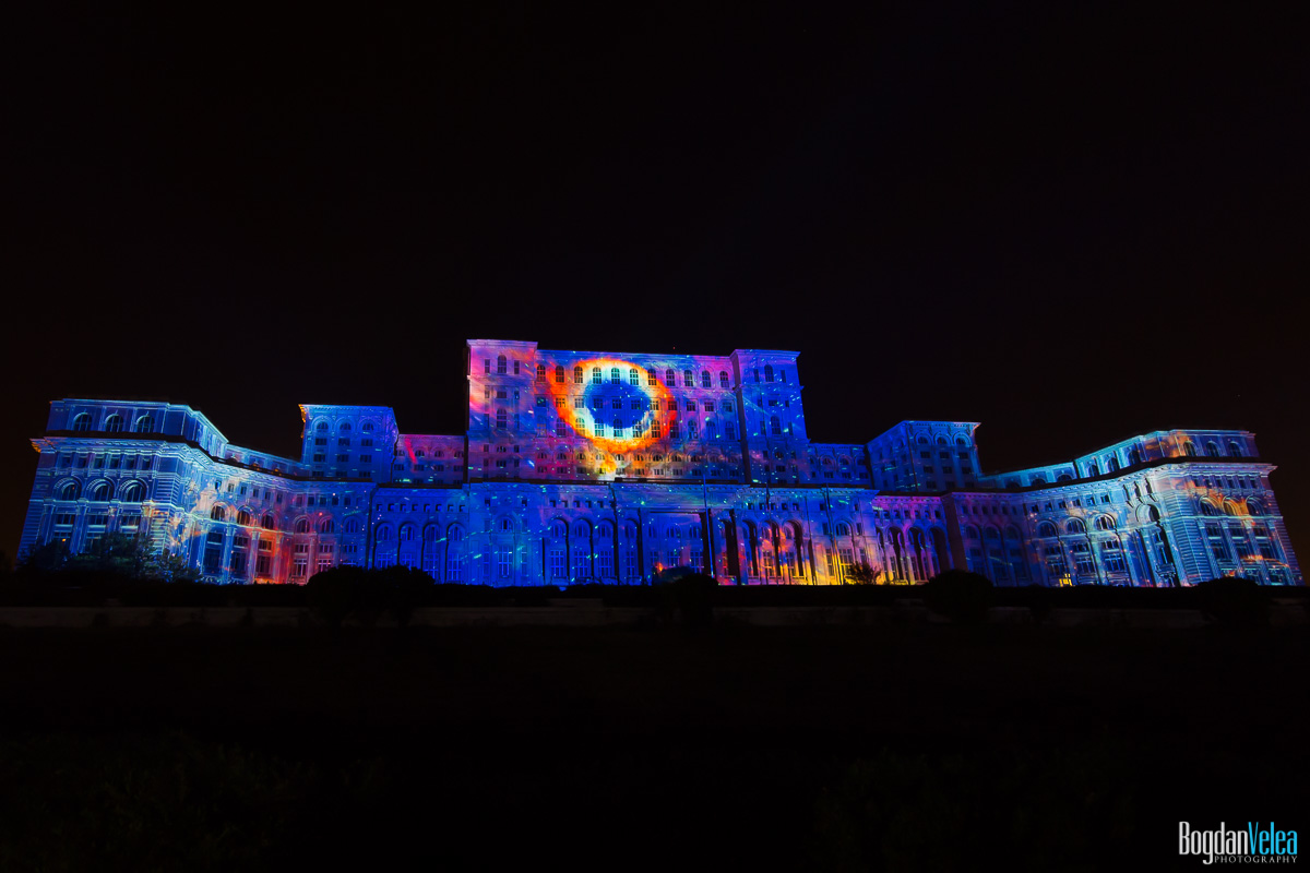 iMapp-Bucharest-2015-video-mapping-Casa-Poporului-077