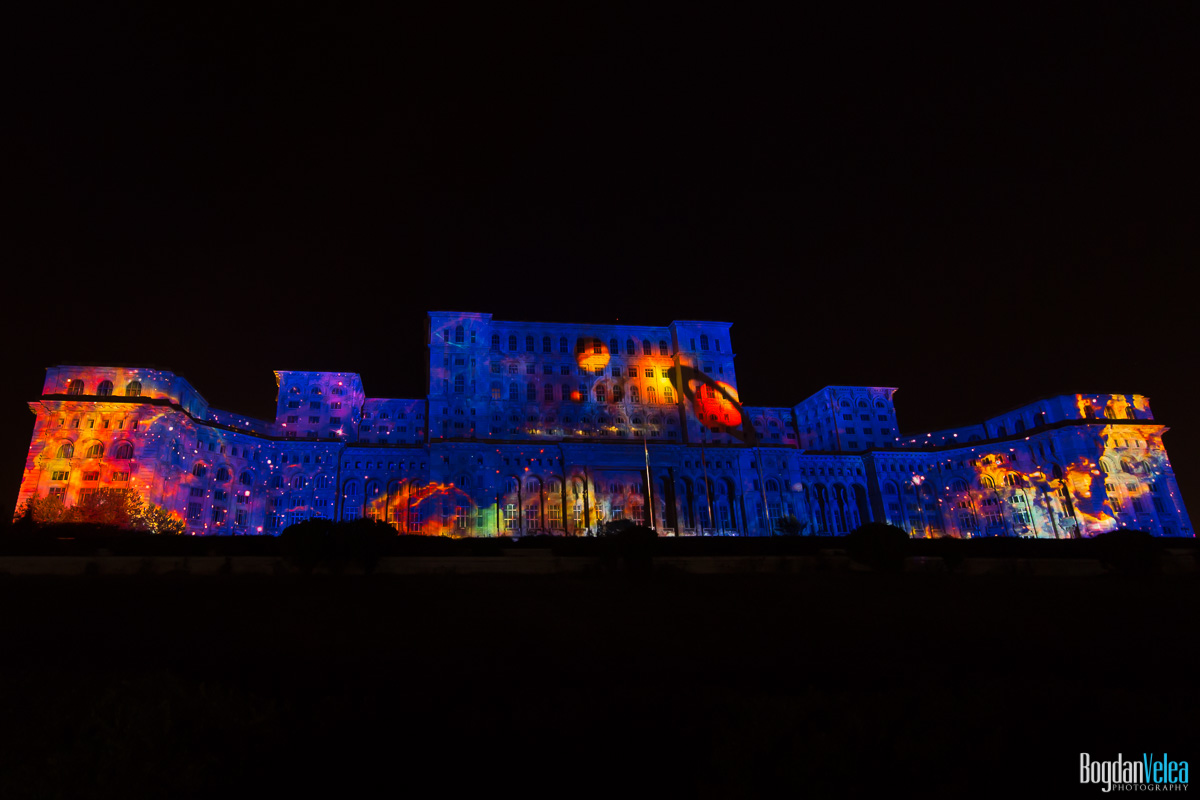iMapp-Bucharest-2015-video-mapping-Casa-Poporului-080