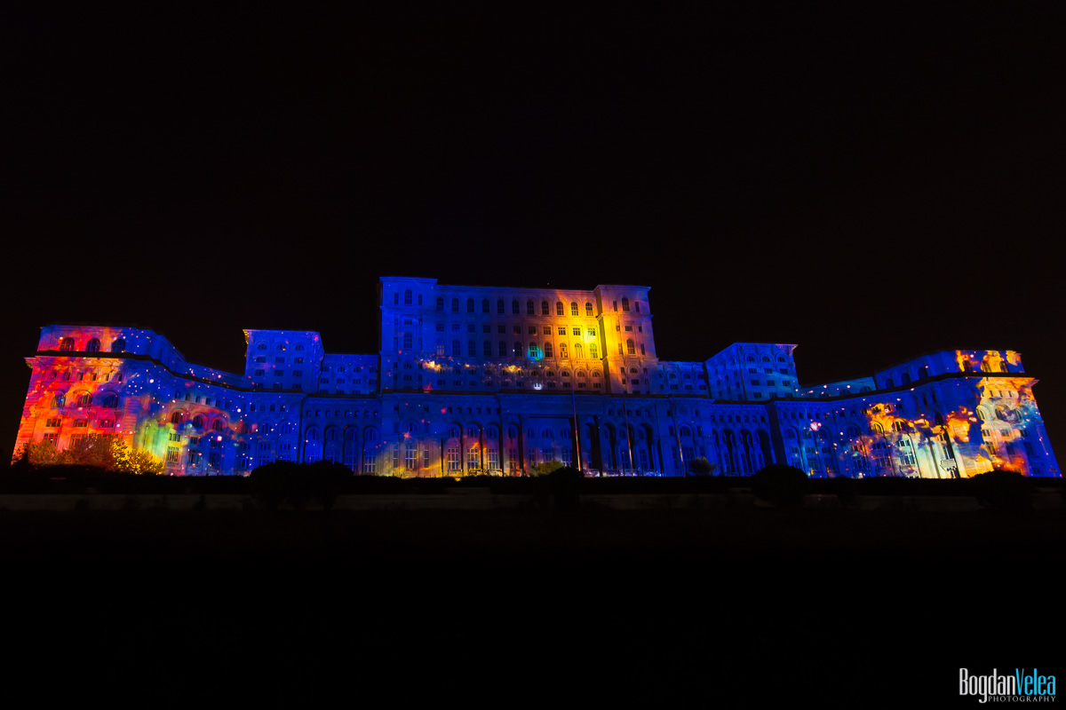 iMapp-Bucharest-2015-video-mapping-Casa-Poporului-081