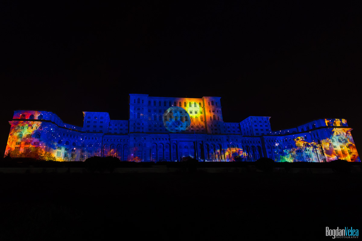 iMapp-Bucharest-2015-video-mapping-Casa-Poporului-082