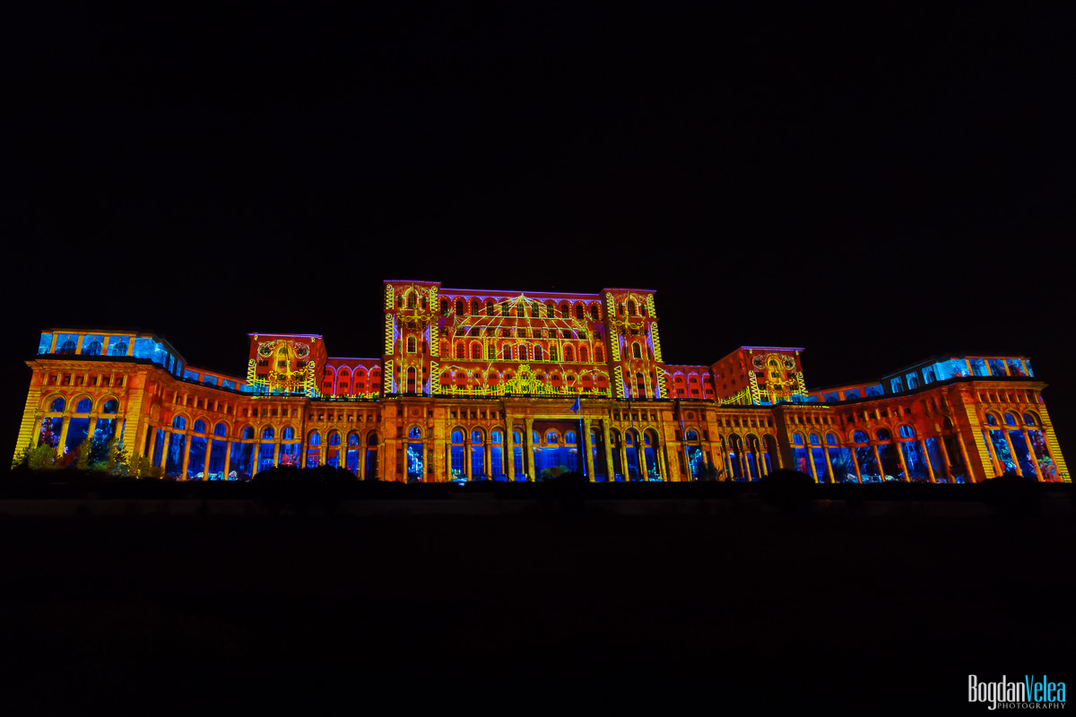 iMapp-Bucharest-2015-video-mapping-Casa-Poporului-088