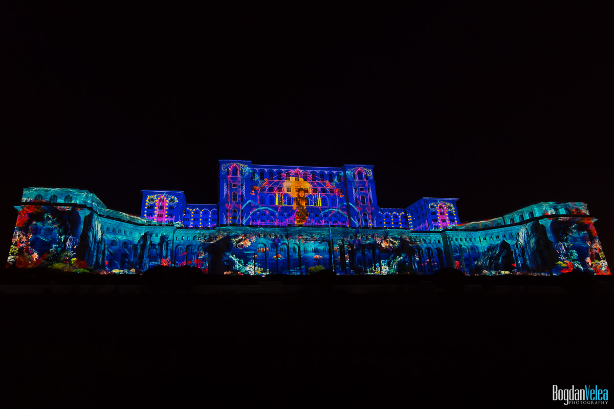 iMapp-Bucharest-2015-video-mapping-Casa-Poporului-090