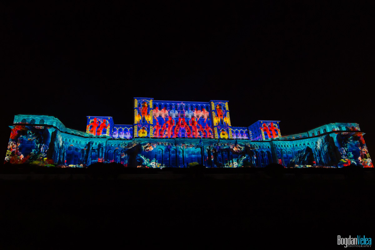 iMapp-Bucharest-2015-video-mapping-Casa-Poporului-091