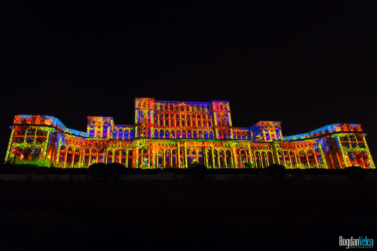 iMapp-Bucharest-2015-video-mapping-Casa-Poporului-094