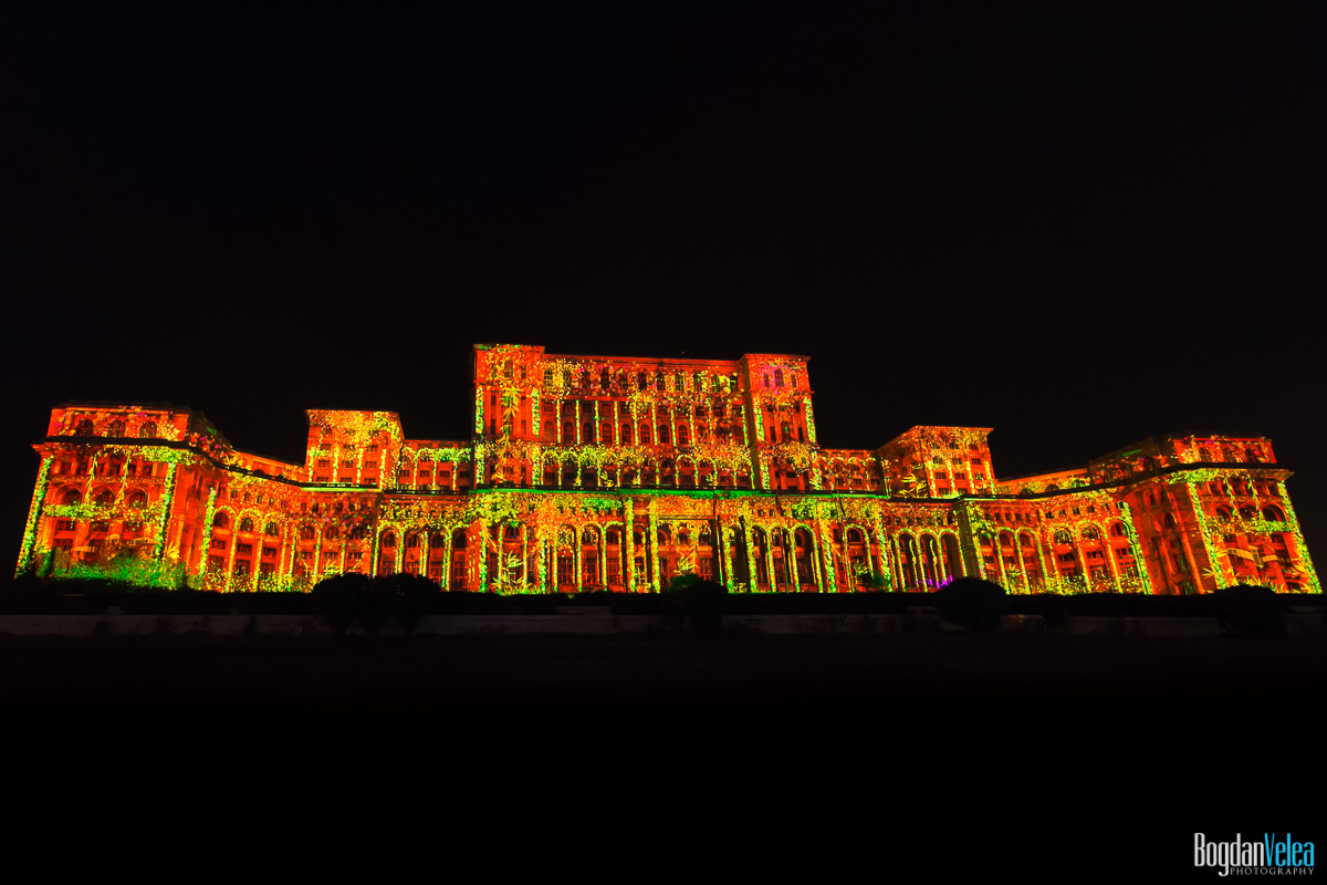 iMapp-Bucharest-2015-video-mapping-Casa-Poporului-095
