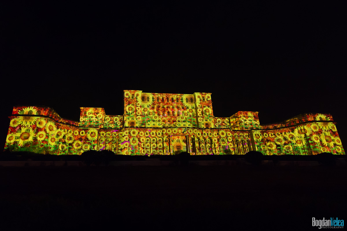 iMapp-Bucharest-2015-video-mapping-Casa-Poporului-097