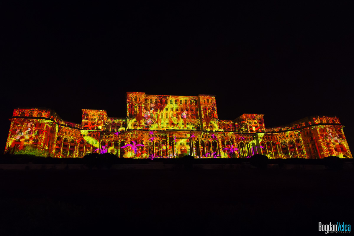 iMapp-Bucharest-2015-video-mapping-Casa-Poporului-098