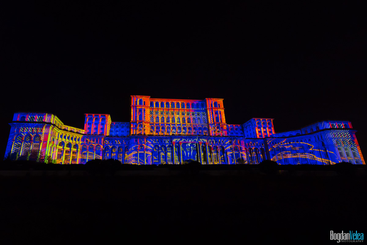 iMapp-Bucharest-2015-video-mapping-Casa-Poporului-100