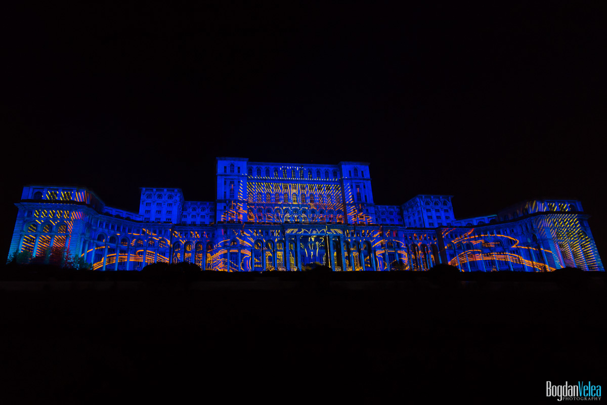 iMapp-Bucharest-2015-video-mapping-Casa-Poporului-101