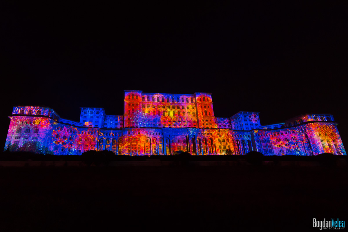 iMapp-Bucharest-2015-video-mapping-Casa-Poporului-102