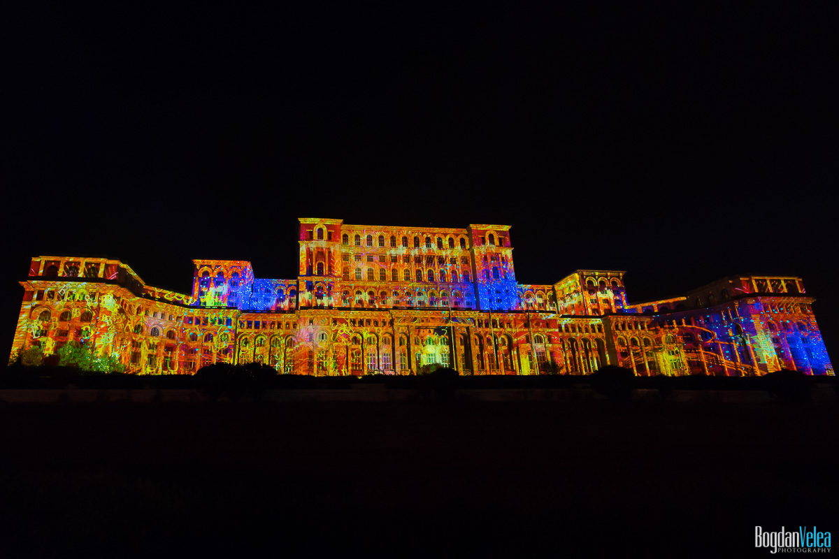 iMapp-Bucharest-2015-video-mapping-Casa-Poporului-104