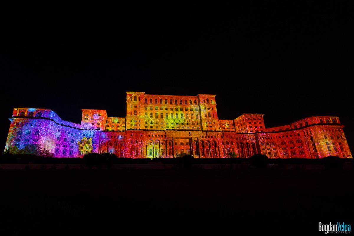 iMapp-Bucharest-2015-video-mapping-Casa-Poporului-106