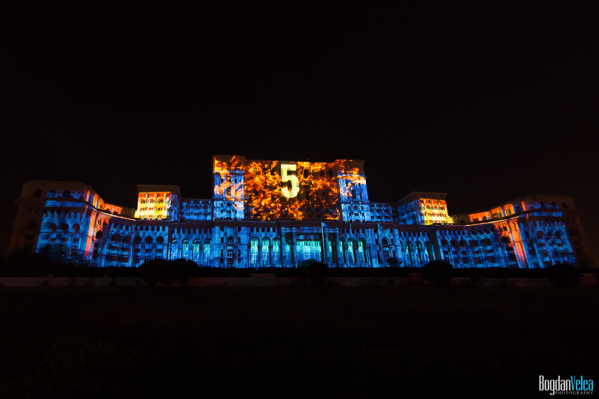 iMapp-Bucharest-2015-video-mapping-Casa-Poporului-109