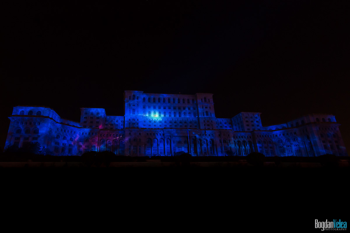 iMapp-Bucharest-2015-video-mapping-Casa-Poporului-112