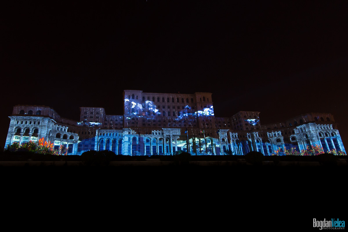 iMapp-Bucharest-2015-video-mapping-Casa-Poporului-119