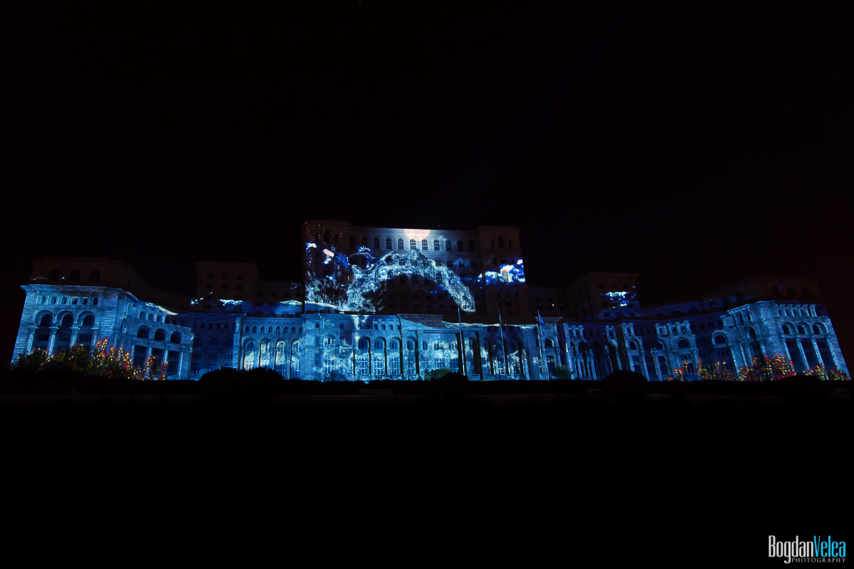 iMapp-Bucharest-2015-video-mapping-Casa-Poporului-120