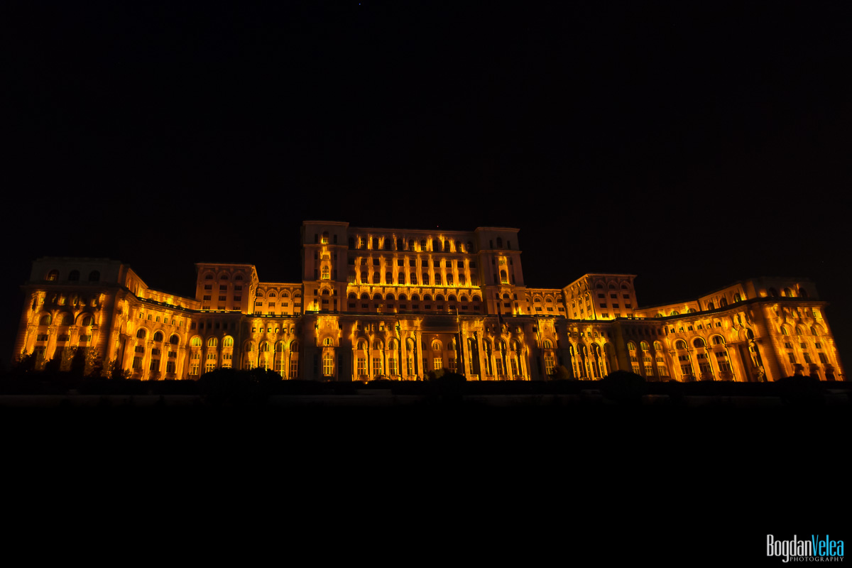 iMapp-Bucharest-2015-video-mapping-Casa-Poporului-122