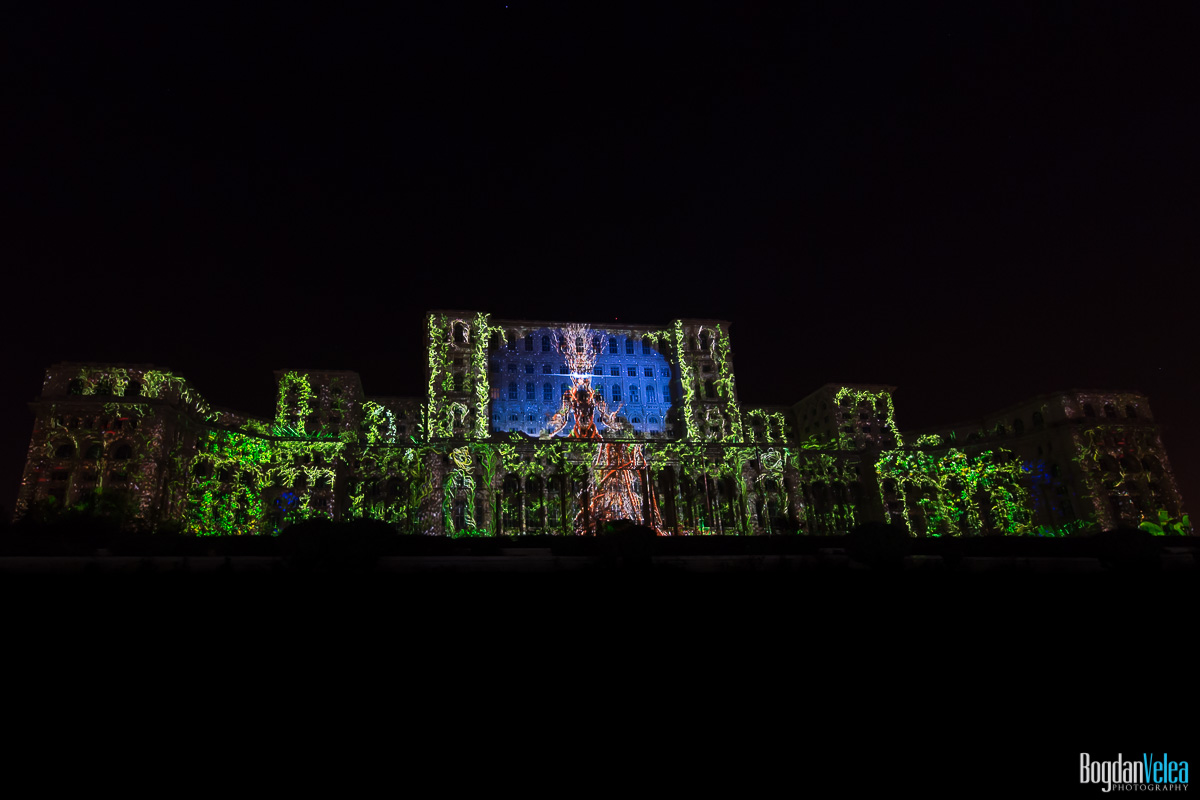 iMapp-Bucharest-2015-video-mapping-Casa-Poporului-123