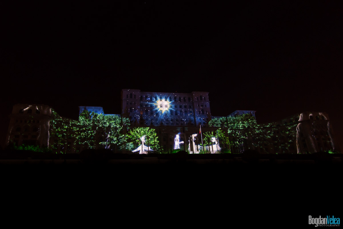 iMapp-Bucharest-2015-video-mapping-Casa-Poporului-127