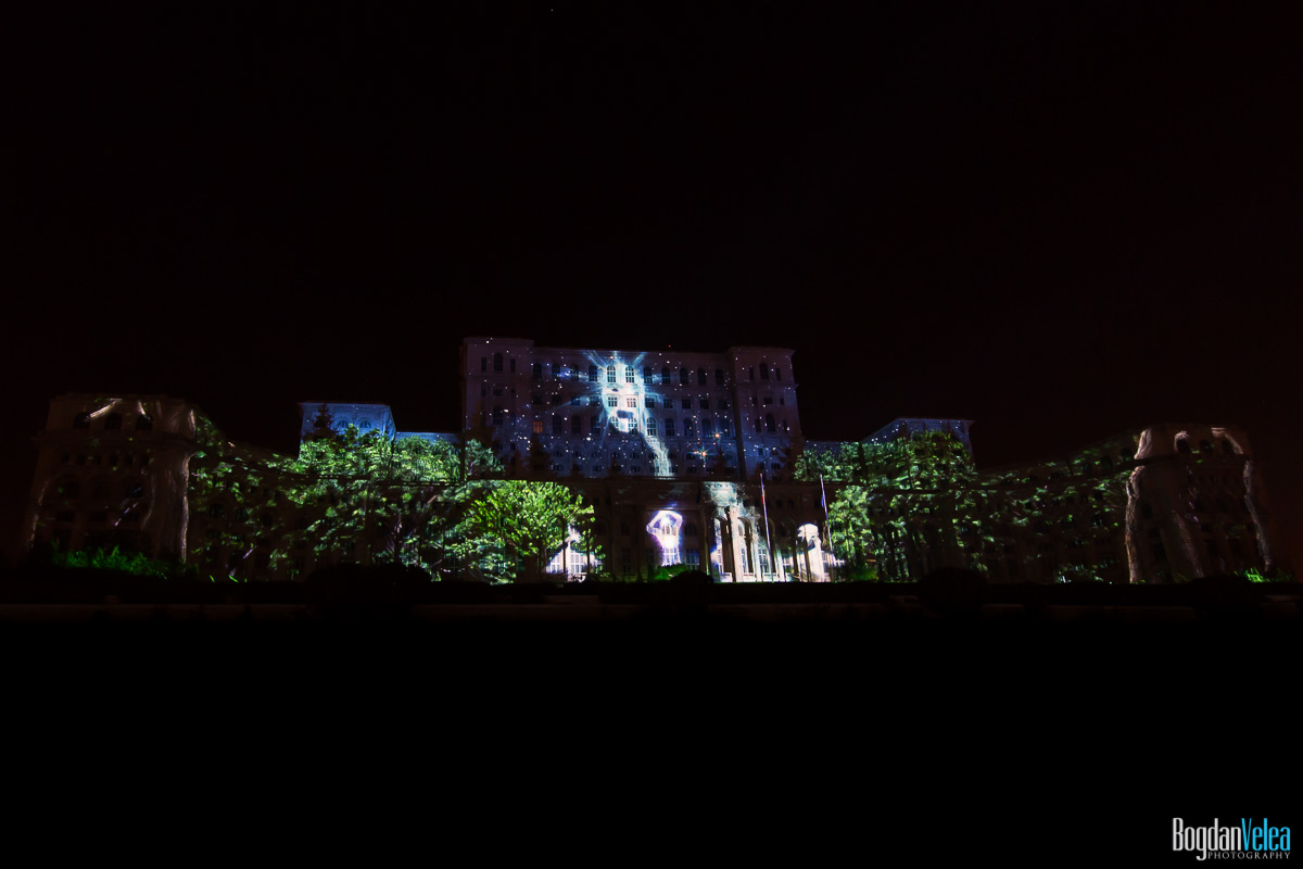 iMapp-Bucharest-2015-video-mapping-Casa-Poporului-128