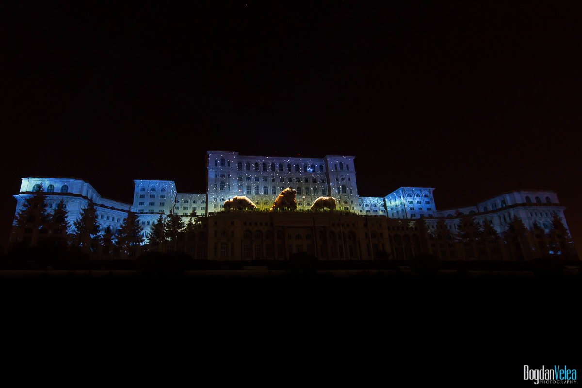 iMapp-Bucharest-2015-video-mapping-Casa-Poporului-129