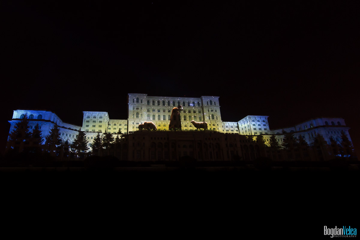 iMapp-Bucharest-2015-video-mapping-Casa-Poporului-130